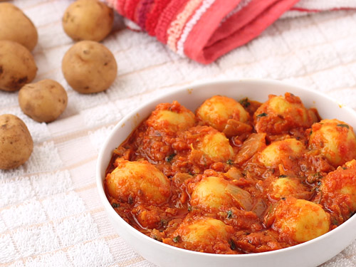 Potato curry recipe spicy indian curry with baby potatoes - Potatoes choose depending food want prepare ...