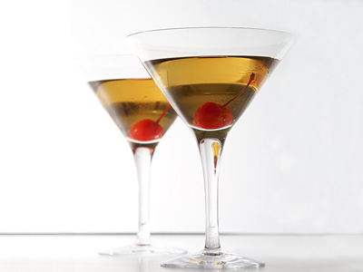 Elegant Caramel Apple Martini