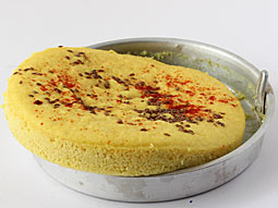 Khatta dhokla recipe traditional recipe to make spongy sour dhokla step 9 forumfinder Gallery